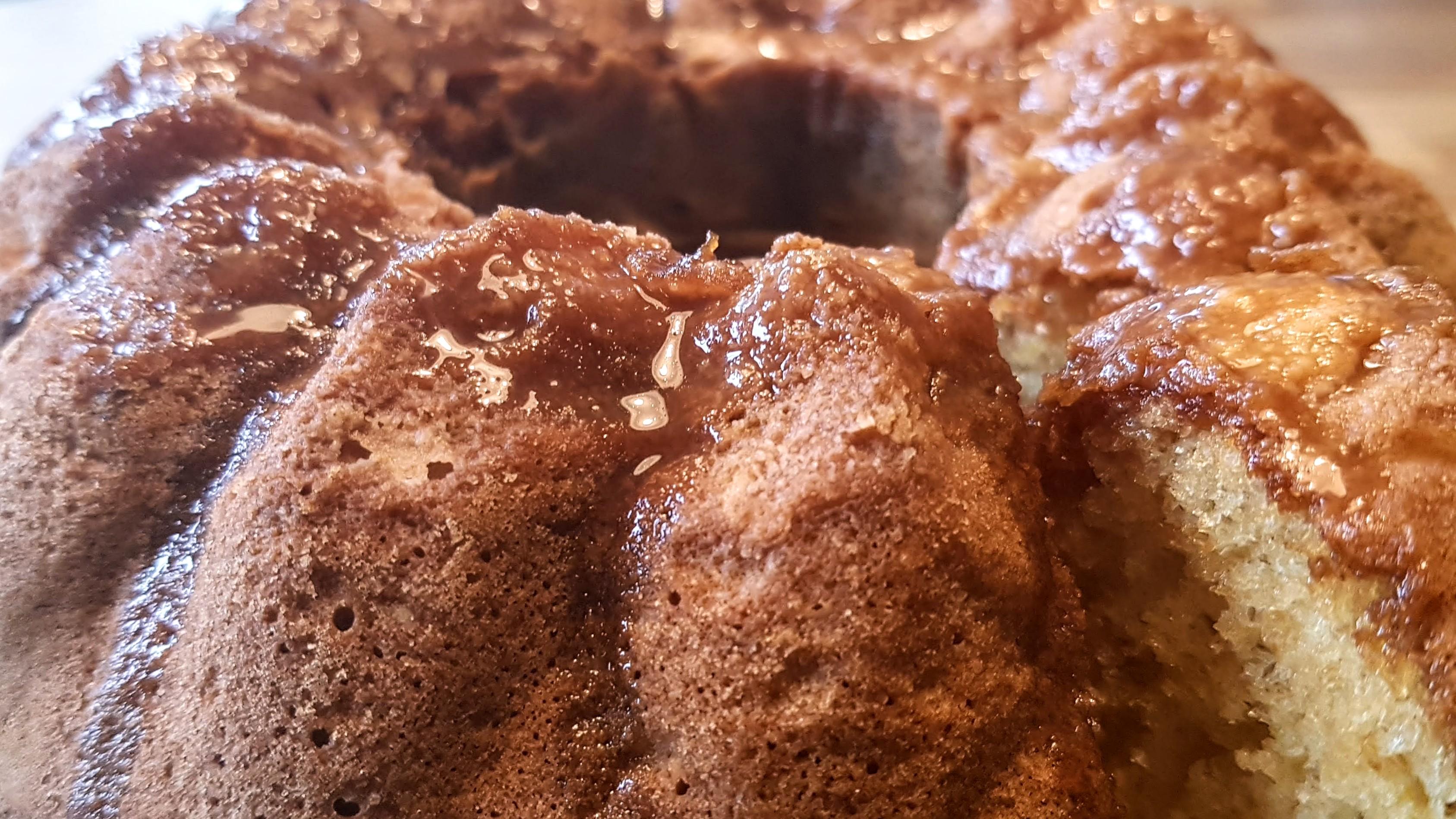 Glutenfri guldkaka – sockerkaka på äggulor