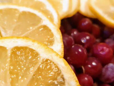 Saft på röda krusbär